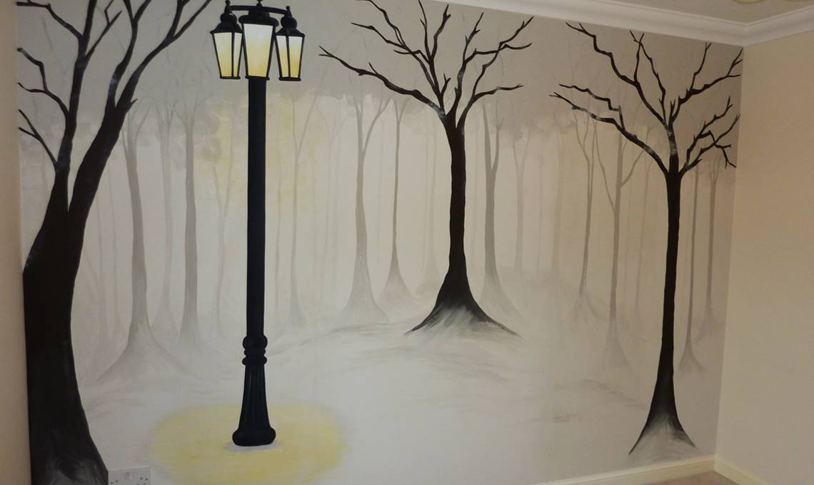 Christmas is Coming! Need to Mural To Make Your Decor Look Like New?